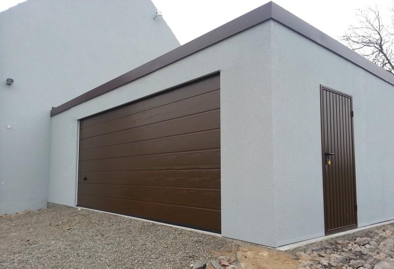garages panneaux en t le acier toit plat toit en pente. Black Bedroom Furniture Sets. Home Design Ideas
